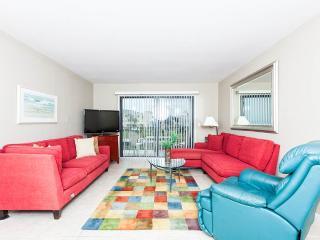 Summerhouse 115, 2 Bedrooms, Ocean View, 4 Heated Pools, WiFi, Sleeps 4 - Saint Augustine vacation rentals