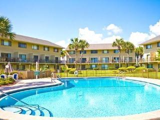 Summerhouse 163, 2 Bedrooms, Ocean Front, 4 Heated Pools, WiFi, Sleeps 4 - Crescent Beach vacation rentals
