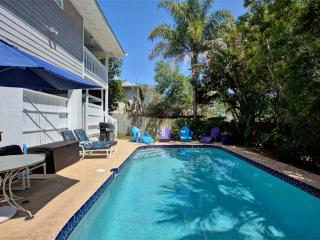 Chiquita's Sun, 4 Bedrooms, Private Pool, Wireless Internet, Sleeps 14 - Saint Augustine vacation rentals