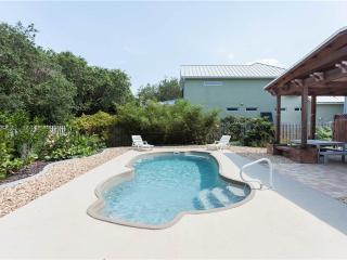 Fan-ta-sea Beach House, 4 Bedrooms, Private Salt Water Pool, Sleeps 9 - Saint Augustine vacation rentals