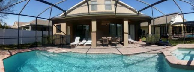 6 Bedroom Pool Home in Bridgeford Crossings. 523LDC - Image 1 - Kissimmee - rentals
