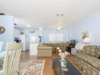 Playa Haus, 4 Bedrooms, Ocean View, Pet Friendly, WiFi, Sleeps 8 - Saint Augustine vacation rentals
