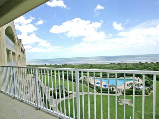 Surf Club I 2508, 2 Bedrooms, Ocean Front, 5th Floor, Pool, WiFi, Sleeps 6 - Palm Coast vacation rentals