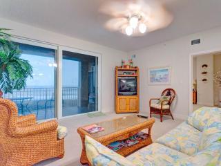 Surf Club II 604, 3 Bedrooms, Ocean Front, 6th Floor, Pool, WiFi, Sleeps 6 - Palm Coast vacation rentals