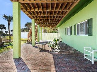 Stairway to Heaven Down, 2 Bedrooms, Ocean Front, WiFi, Sleeps 4 - Palm Coast vacation rentals