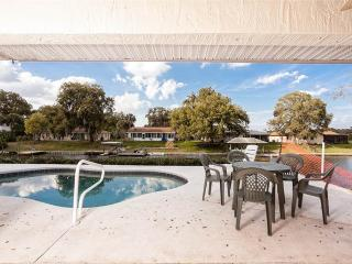 Palm Paradise House, 3 Bedrooms, Sleeps 8, Pool, HDTV and Boat Dock - Palm Coast vacation rentals