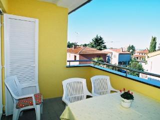 Nice Condo with Balcony and Water Views - Rovinj vacation rentals