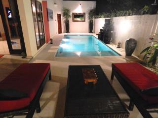 Nice 4 bedroom Villa in Jimbaran - Jimbaran vacation rentals