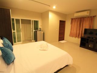 Sirin house in Krabi town room 1 - Krabi vacation rentals