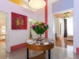 Visconti suite- Beautiful Apartment up to 9 people - Rome vacation rentals