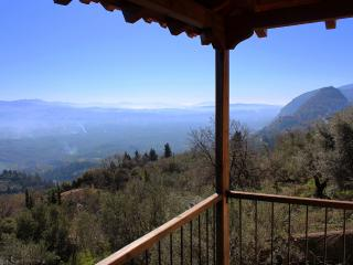 "Mystra Estates Villa ""The Vine"" - Mystras vacation rentals"
