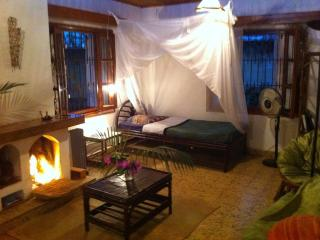 Romantic 1 bedroom Antananarivo House with Internet Access - Antananarivo vacation rentals