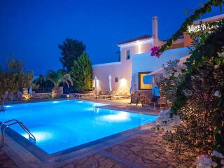 Harmony Hotel Apartments Maisonette KALYPSO 2-5per - Aiyion vacation rentals