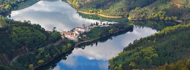 Fantastic Spacious Lakeside Villa in Dornes - Dornes vacation rentals