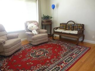Furnished 1 Br, 1ba Cozy Unit By Sign Hill, SSF - South San Francisco vacation rentals
