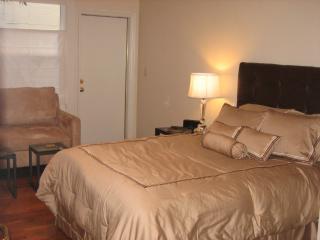 Comfortable San Francisco Condo rental with Internet Access - San Francisco vacation rentals