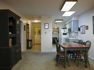 TWO BEDS 1 BATH FULLY FURNISHED CONDO WITH SAN FRANCISCO BAY VIEW - South San Francisco vacation rentals
