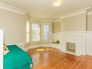 Glen Park 2 Bedroom Charming Unit - All Utilities Included - San Francisco vacation rentals