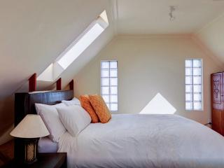 Neptune's Secret - Flatlet - Muizenberg vacation rentals
