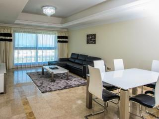 Luxury 1 bdr apartment at Fairmont, Palm Jumeirah! - Dubai vacation rentals
