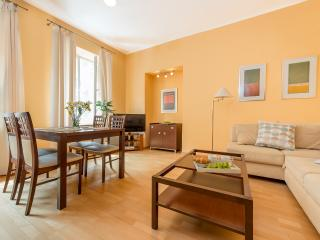 One Bed. Apartment PIWNA 1 - Warsaw vacation rentals