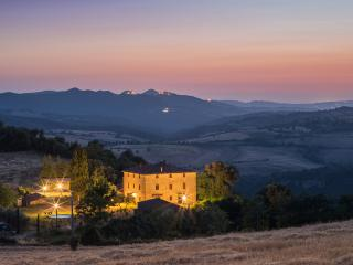 Private villa in perfect dream location - San Dalmazio vacation rentals