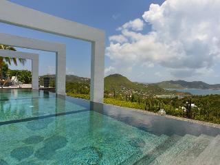 Stunning 180° Ocean Views - Camaruche vacation rentals