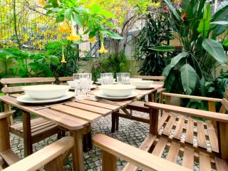 Central Apartment With a Garden - Lisbon vacation rentals