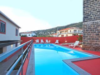 Rosetto House - Arco da Calheta vacation rentals