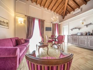 LADY CAPULET - The Duchess Apartment - Verona vacation rentals