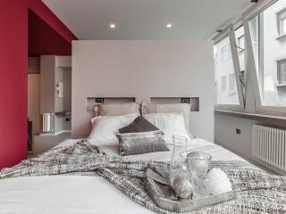 Appartamento Corso Vittorio Emanuele - Milan vacation rentals