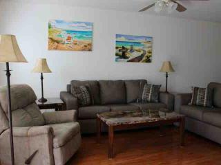 Nice Condo with A/C and Shared Outdoor Pool - North Fort Myers vacation rentals