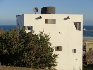 2 bedroom Condo with Internet Access in Punta del Diablo - Punta del Diablo vacation rentals