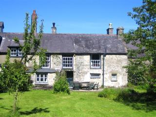 Vacation rentals in North Wales