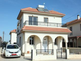 Bright Villa with Internet Access and A/C - Avgorou vacation rentals