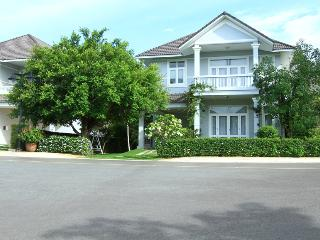 An Phu Beachview 3 Bed Room Villas - Phu Hai vacation rentals