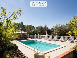Vacarisses Grande for 16 people with a private pool, 40 minutes from Barcelona and the beach - Vacarisses vacation rentals