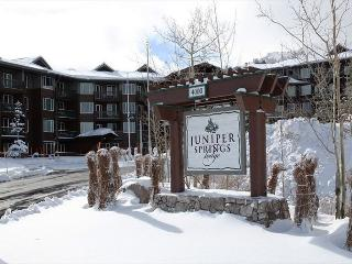 1/1, Ski-in, Ski-out at Mammoth Mountain's Juniper Spring Lodge - Mammoth Lakes vacation rentals