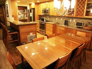Completely Remodeled 3 Bed/3 Bath Slopeside, Across St from Canyon, WiFi - Mammoth Lakes vacation rentals
