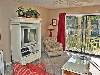 Surf Court 63 - Forest Beach Townhouse - New King Beds in 2016. - Hilton Head vacation rentals