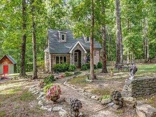 1BR Storybook Cottage Charming Dreamy Retreat on 8 Acres in Leiper's Fork - Franklin vacation rentals