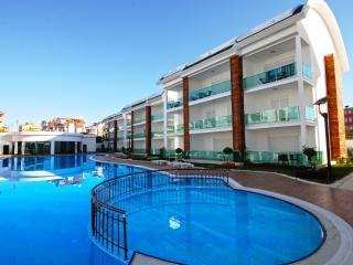 Side Gardenia Residence G1 - Side vacation rentals