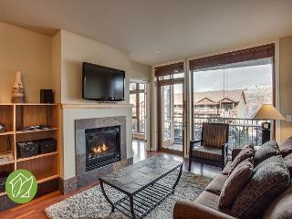2 Bedroom Condo with Indoor Pool by Sage Vacation Rentals - Chelan vacation rentals