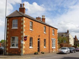The Corner House, Uppingham, Rutland. - Uppingham vacation rentals