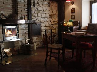 1 bedroom Lodge with Internet Access in Saint Nicolas - Saint Nicolas vacation rentals
