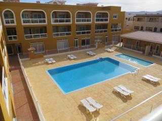 Modern apartment sea views 100m to the lagoons! - El Cotillo vacation rentals