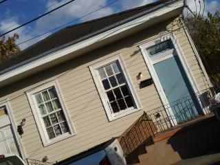 By Water on CLOUTE - New Orleans vacation rentals