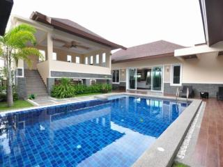 Andaman Residences Villa Chanan - Kata vacation rentals