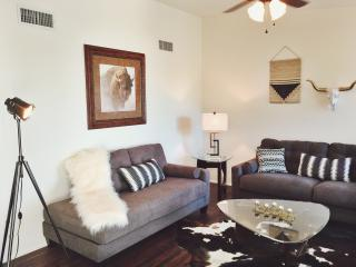 Adorable 4 bedroom House in Tucson - Tucson vacation rentals