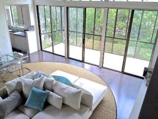 Modern Treehouse. Near Downtown, Cozy, Serene - Carmel vacation rentals